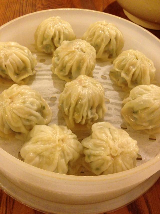 超人氣的「明洞餃子」,必吃! Delicious Ming Dong dumpling